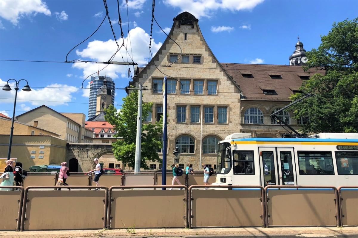 Straßenbahn Jena und JenTower